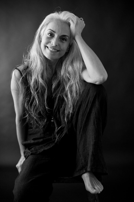 French model Yasmina Rossi: biography, career, personal life 2